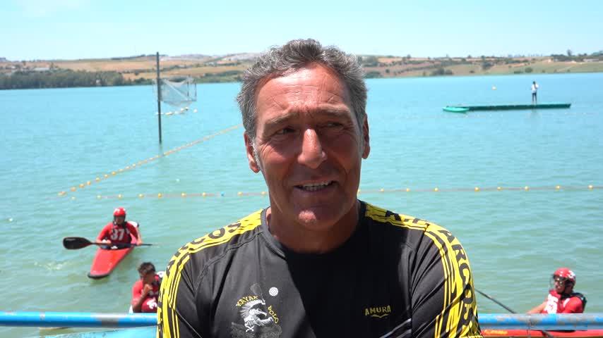 José María Mateos recuerda a los pioneros del kayak polo de Arcos