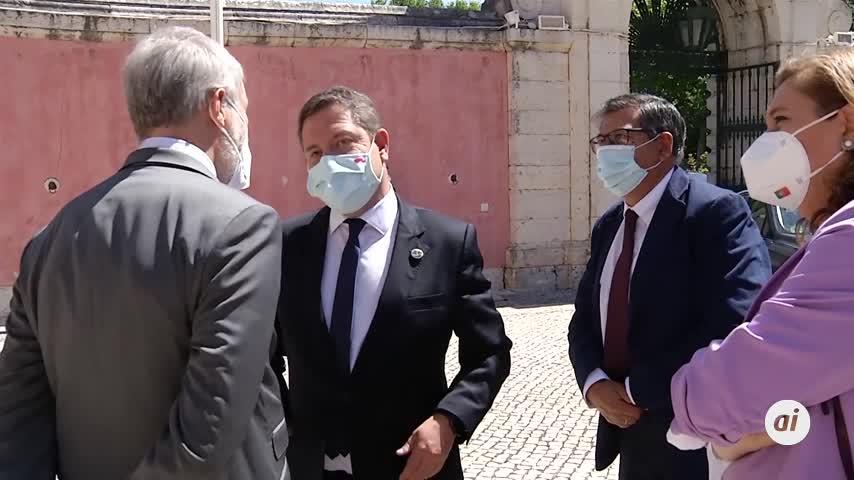 García-Page anuncia la inminente supresión del uso de mascarilla en espacios abiertos