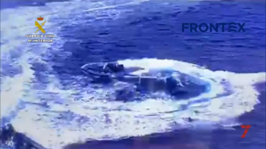 Tres detenidos tras una persecución de película en alta mar junto al Cabo de Trafalgar