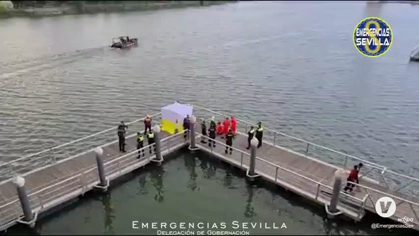 Rescatan el cuerpo sin vida de un hombre precipitado al río Guadalquivir en Sevilla