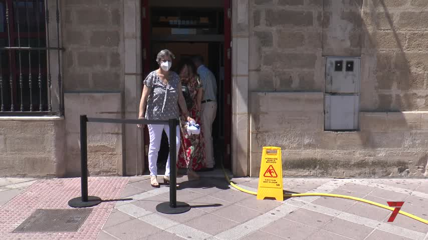 El centro de salud de Jerez suspende la actividad presencial tras anegarse