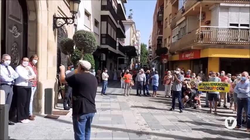 Una manifestación reclama el arreglo urgente del colegio Campo de Gibraltar, de Algeciras