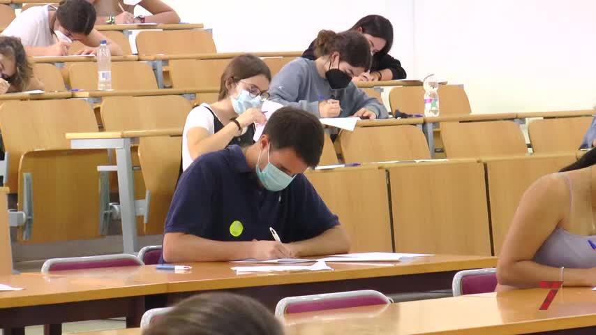 Más de 2.000 alumnos de Jerez se la juegan en la segunda Selectividad de la pandemia