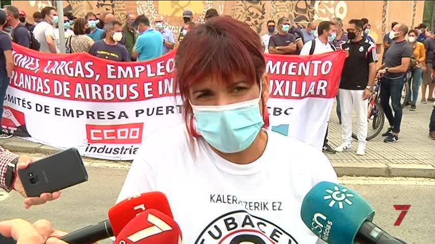 Airbus Puerto Real se moviliza en Cádiz contra cierre en víspera de huelga general