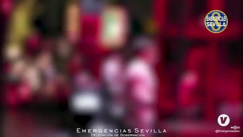 Noche de cierre de bares en Sevilla capital: más de 300 desalojados