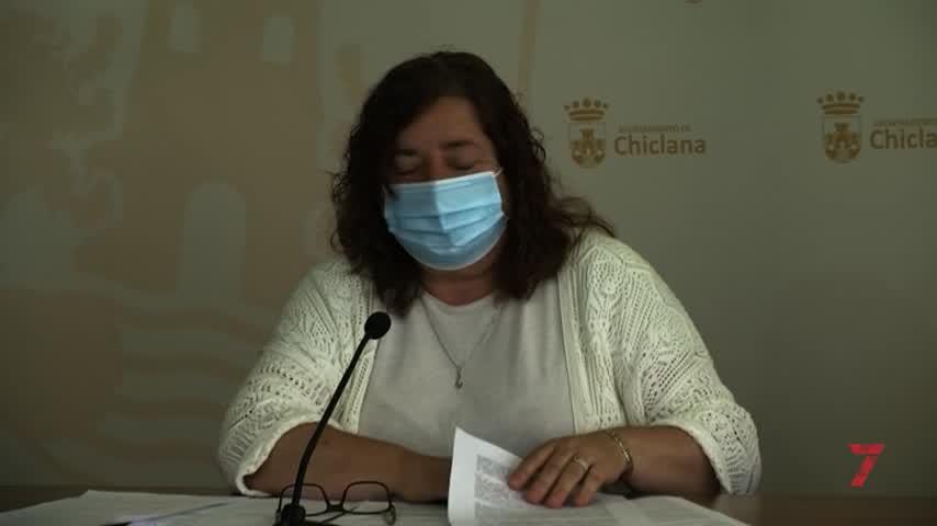 """""""La Junta desviste un santo para vestir a otro con los ascensores en Chiclana"""