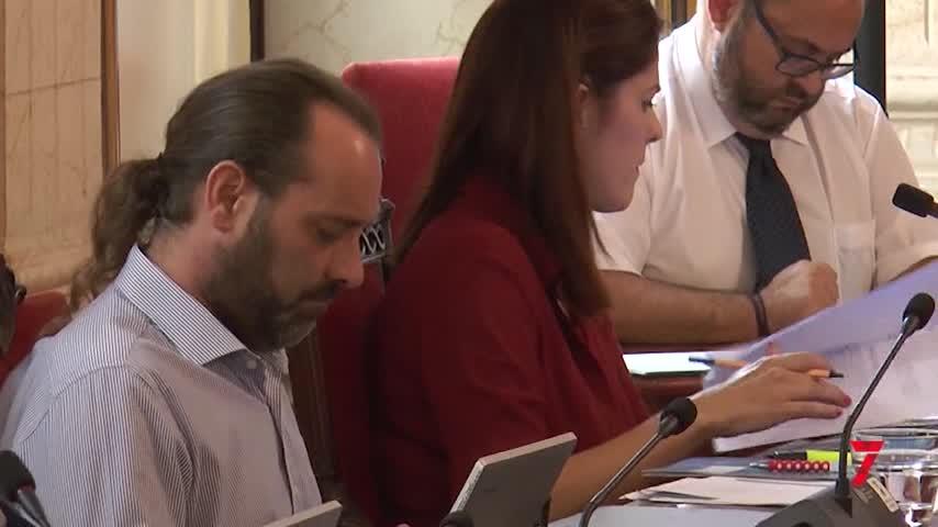 Cassá hace temblar la mayoría absoluta de PP y Cs en el Ayuntamiento de Málaga