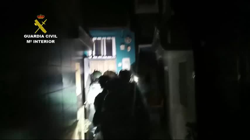 Detenidos 26 supuestos narcos fuertemente armados y que embestían a vehículos policiales