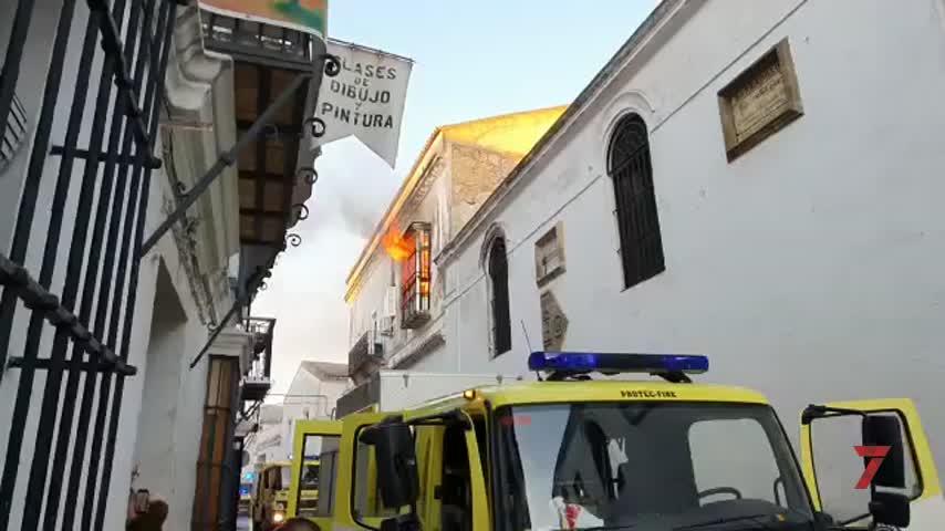 Dos fallecidos en un incendio localizado en la Calle Eguilaz de Sanlúcar