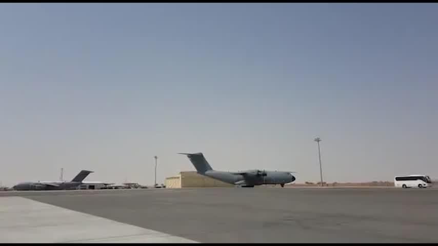 España se retira de Afganistán y el personal diplomático y militar ya está en Dubái