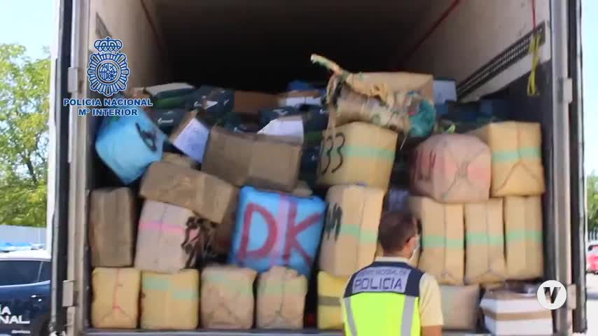 Intervienen 26 toneladas de hachís en Granada en un camión al que siguen desde Algeciras