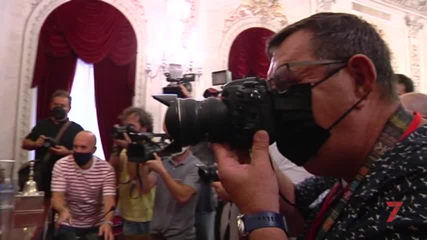 Firman un convenio para acabar con los guías turísticos
