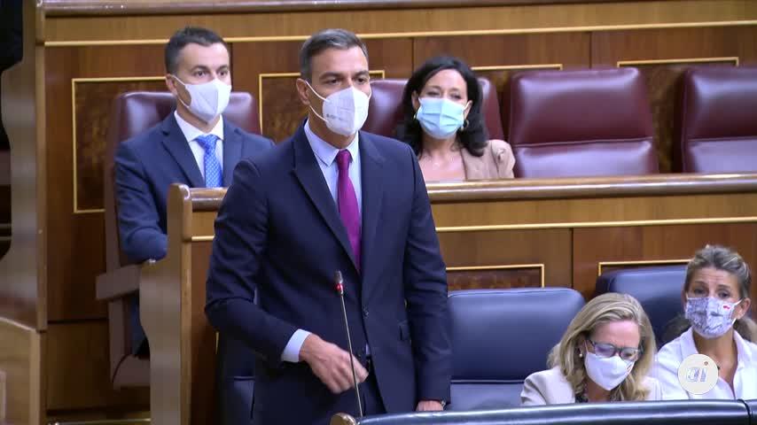 Sánchez acusa a Casado de seguir crispando tras pedirle éste su dimisión