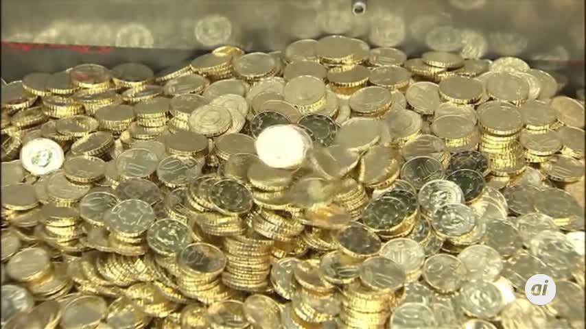 El Gobierno ultima acuerdo con los sindicatos para subir 15 euros el SMI