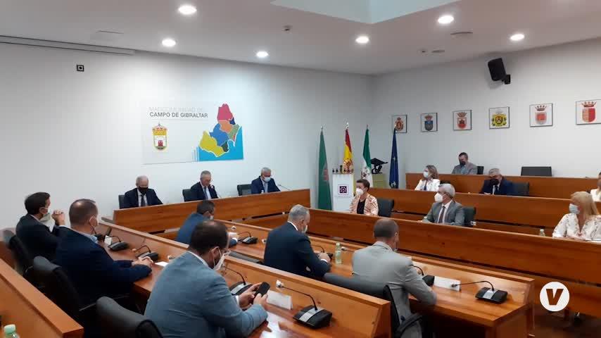 La Mancomunidad del Campo de Gibraltar distingue la labor de Vigilancia Aduanera