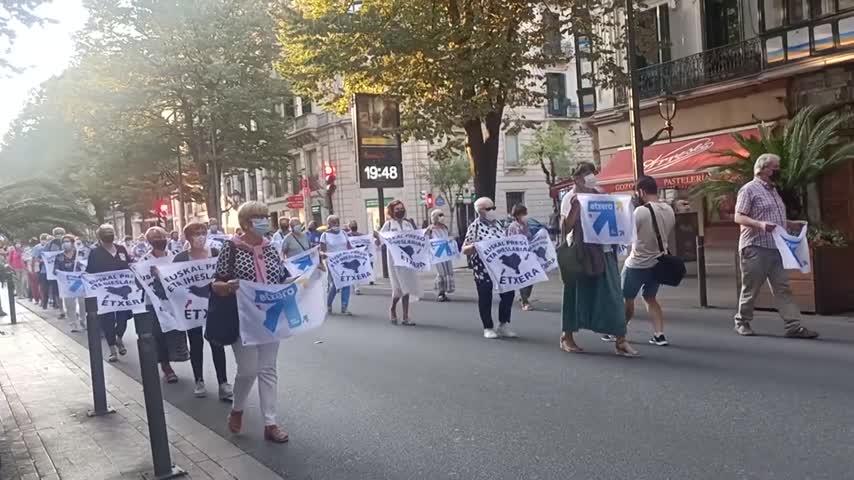 Desconvocan la marcha por el etarra Parot, pero harán actos en plazas de pueblos