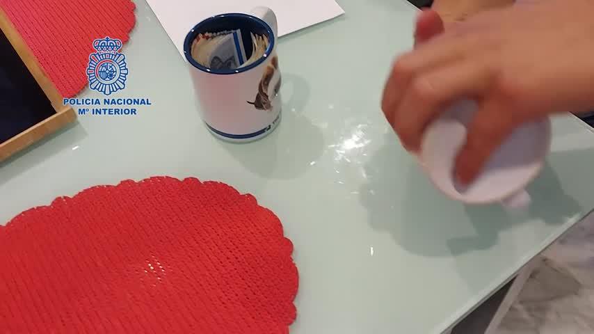Intervienen en Málaga 780 kilos hachís ocultos en latas de tomate que iban a Dinamarca