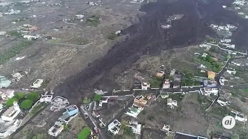 Abierto otro foco de emisión del volcán de La Palma más al oeste del foco principal