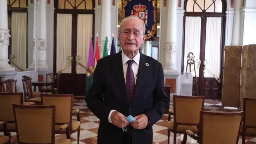 El alcalde de Málaga anima a los no vacunados a
