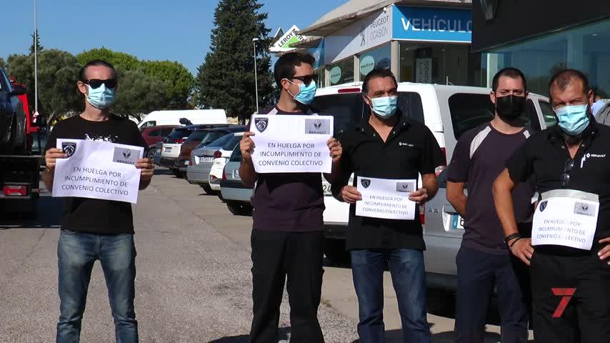 Paros parciales de los trabajadores de Renault y Peugeot en Jerez