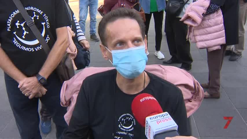 Seis víctimas de la colza se encierran en el Prado para denunciar su olvido