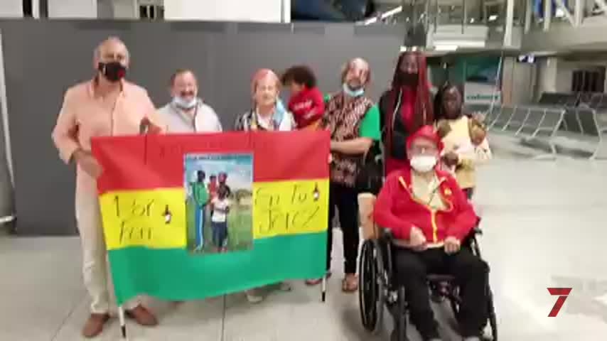 Fin de la odisea de Luis Flores y los suyos: Esther ya está en Jerez