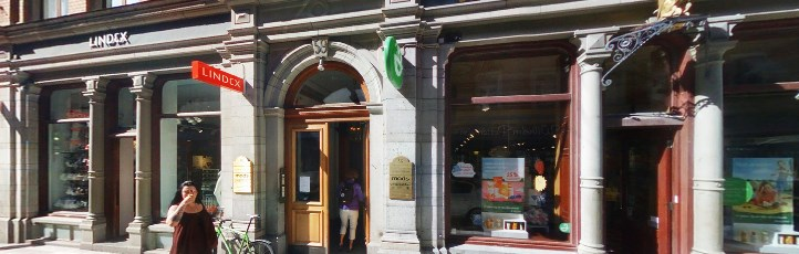 apotek drottninggatan stockholm