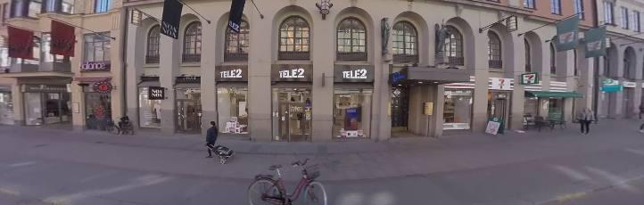 klädaffärer kungsgatan stockholm