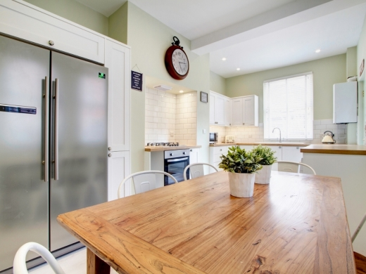 78 Derby Road 6 Bedroom Manchester Student House kitchen 1