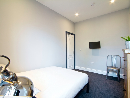 8 Furness Road 6 Bedroom Manchester Student House Bedroom 8