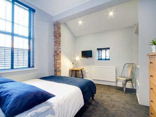 8 Furness Road 6 Bedroom Manchester Student House Bedroom 2