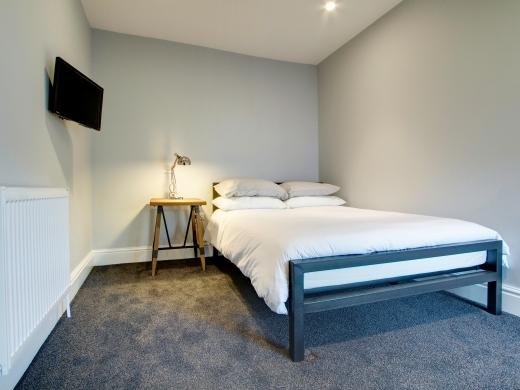 8 Furness Road 6 Bedroom Manchester Student House Bedroom 10