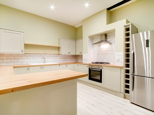 5 Langdale Road 6 Bedroom Liverpool Student House Kitchen 1