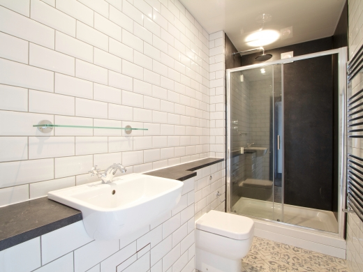 32 Borrowdale Road 7 Bedroom Liverpool Student House Bathroom 2
