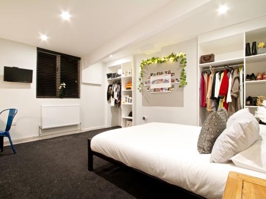 139 Hyde Park Road 6 Bedroom Leeds Student House bedroom 9