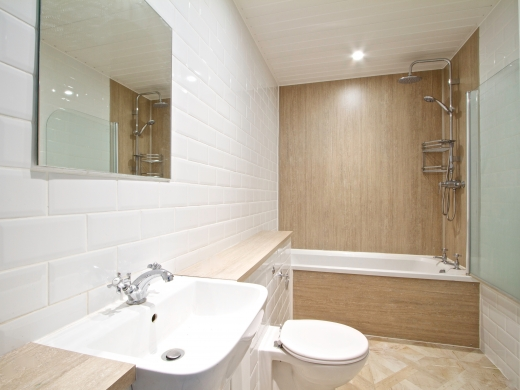 135 Hyde Park Road 8 Bedroom Leeds Student House bathroom 2