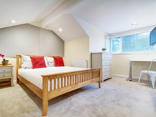 145 Hyde Park Road 6 Bedroom Leeds Student House bedroom 1