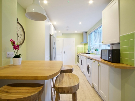 30 Newstead Grove 6 Bedroom Nottingham Student House Kitchen 2