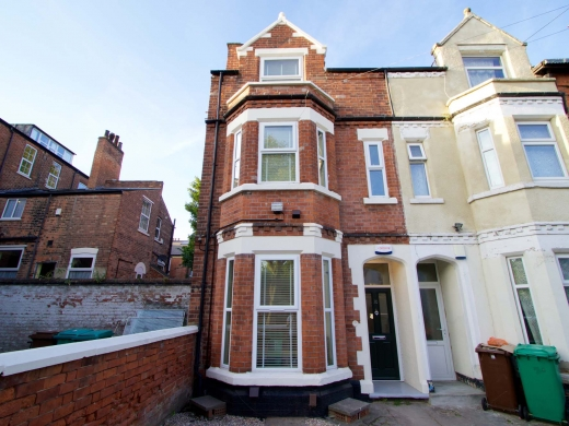 30 Newstead Grove 6 Bedroom Nottingham Student House Front of House