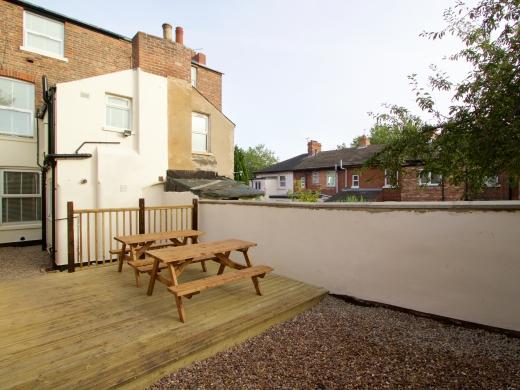 5 Newstead Grove 5 Bedroom Nottingham Student House Garden 1