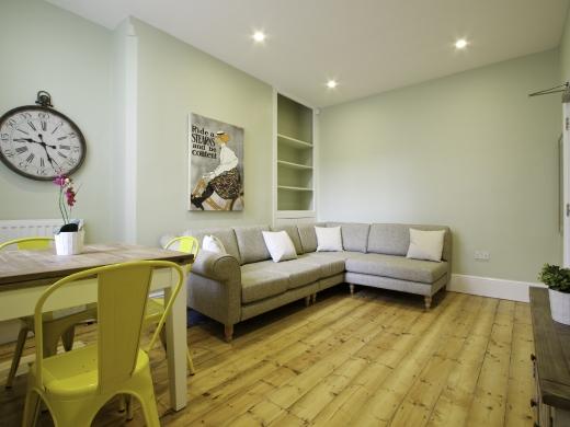5 Newstead Grove 5 Bedroom Nottingham Student House Living Room 1