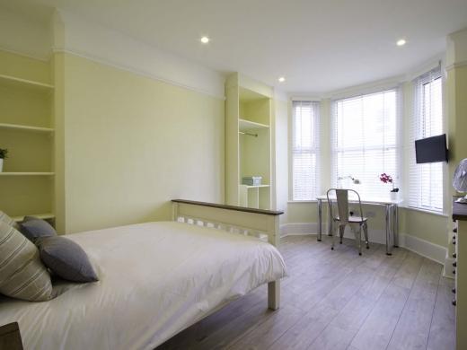 5 Newstead Grove 5 Bedroom Nottingham Student House Bedroom 8