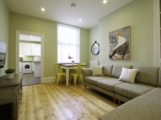 5 Newstead Grove 5 Bedroom Nottingham Student House Living Room