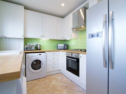 7 Newstead Grove 5 Bedroom Nottingham Student House Kitchen 2