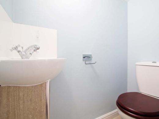 7 Newstead Grove 5 Bedroom Nottingham Student House Bathroom 2