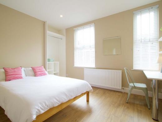 8 Forest Grove Nottingham Student House Bedroom