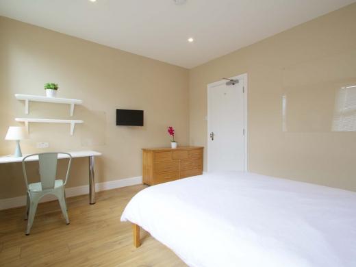 8 Forest Grove Nottingham Student House Bedroom 1