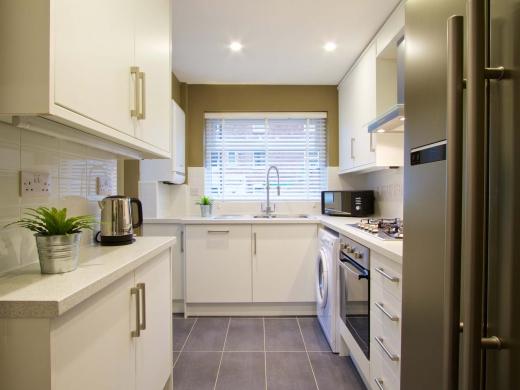 36 Portland Road 5 Bedroom Nottingham Student House Kitchen
