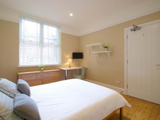 36 Portland Road 5 Bedroom Nottingham Student House Bedroom 8