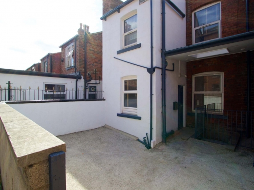 10 Brudenell Mount 7 Bedroom Leeds Student House Garden